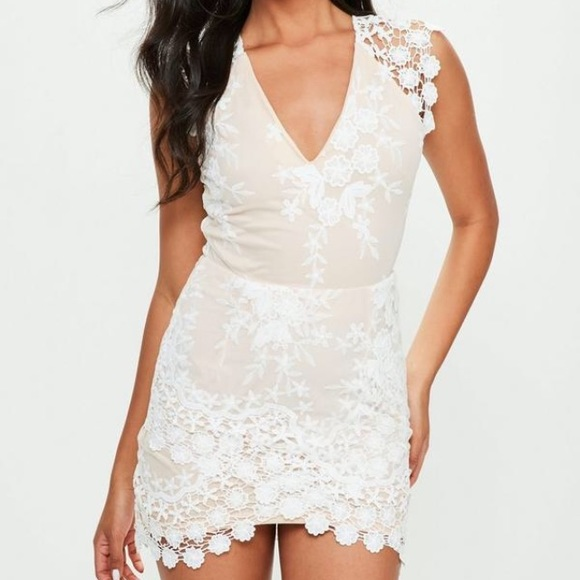 7a66fef08ad Missguided white and nude lace dress BRAND NEW